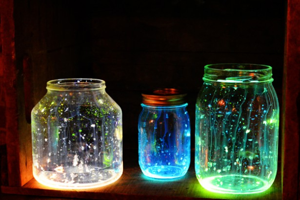 glowing-jars-psdweb2