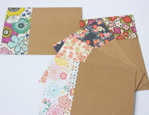 Blooms-Cards-close-up_1024x1024